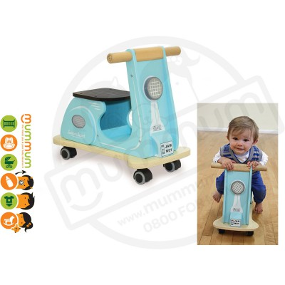 Jamm Scoot Blue Racer Wooden 12m+ Multi directional casters