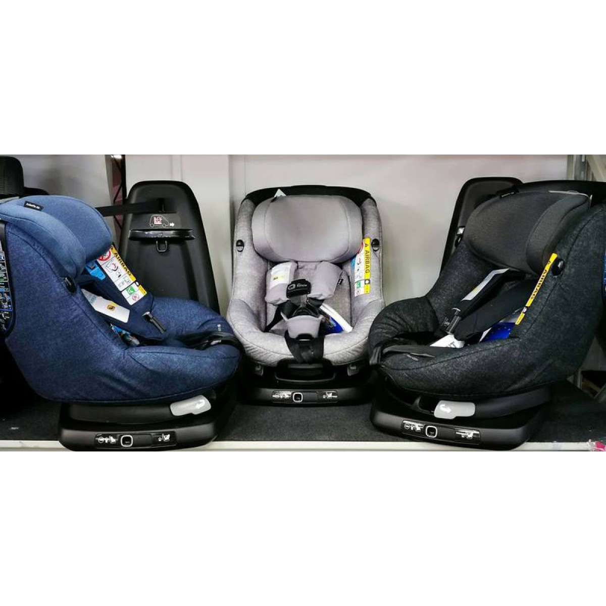 maxi cosi axissfix air toddler carseat isofix car seat 0 4. Black Bedroom Furniture Sets. Home Design Ideas
