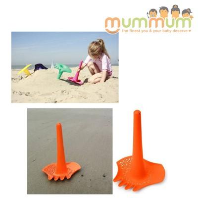 Quut Triplet 4 in 1 Shovel - Orange Beach Toy Sandpit Toy All in 1